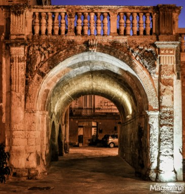 Legend says, that anyone who passed under Arco Di Prato could not be arrested