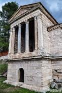 The nearby Tempietto del Clitunno is also UNESCO World Heritage designated examples of the Longobard architecture