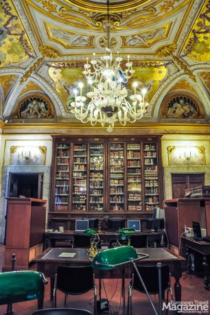 The Corsini family continued to expand the collection, and Cardinal Neri Maria Corsini opened the library to the public in 1756