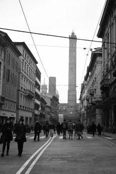 Typical weekend, where the streets close to cars and gets free to pedestrians (Le Due Torri behind)