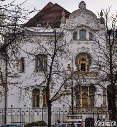 Built in 1901-02 by Emil Vidor, this light, elegant house draws on French and Belgian Art Nouveau styles
