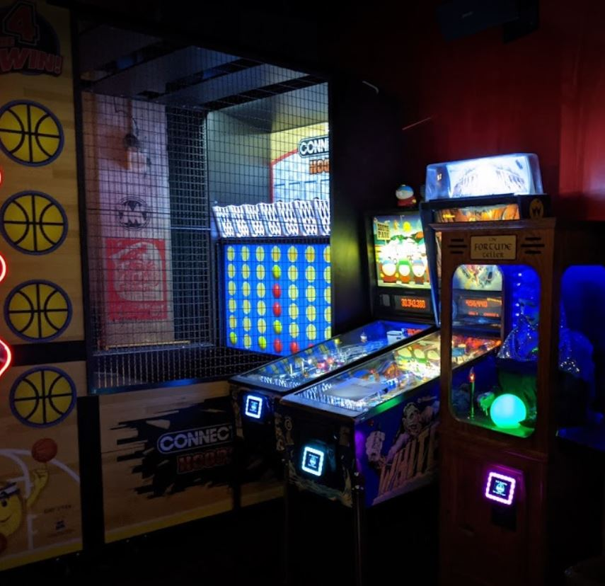 Bar and restaurant games