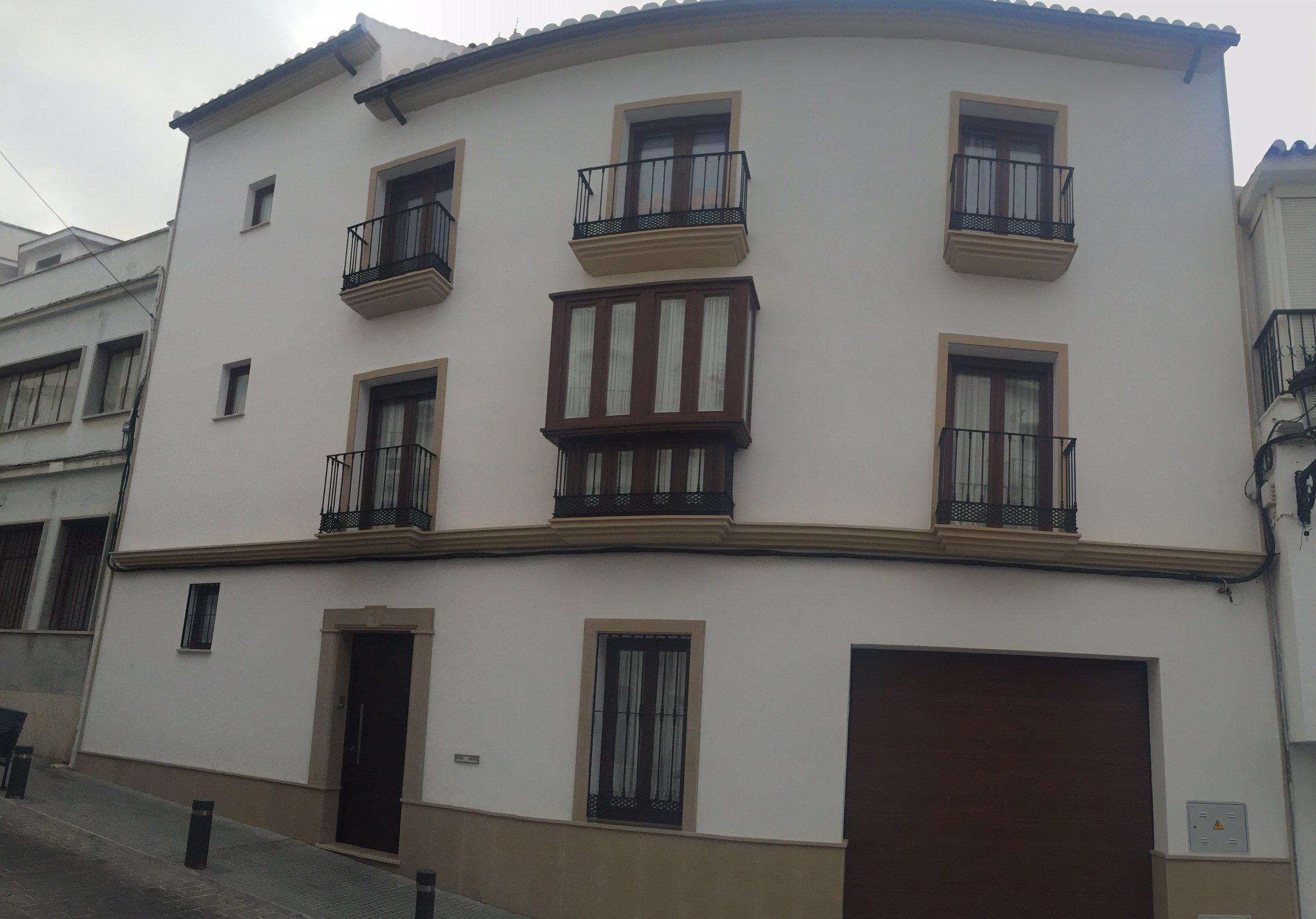 Cierre de balcón con Puerta de PVC de Cristales