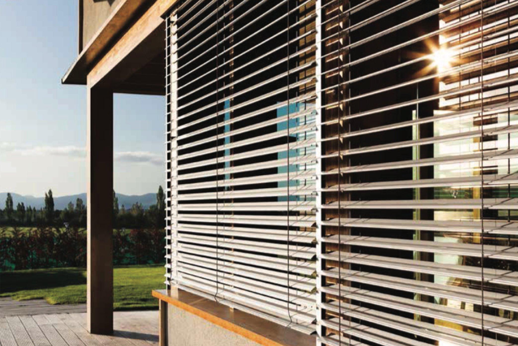 sistemas oscurecimientos ventanas PVC