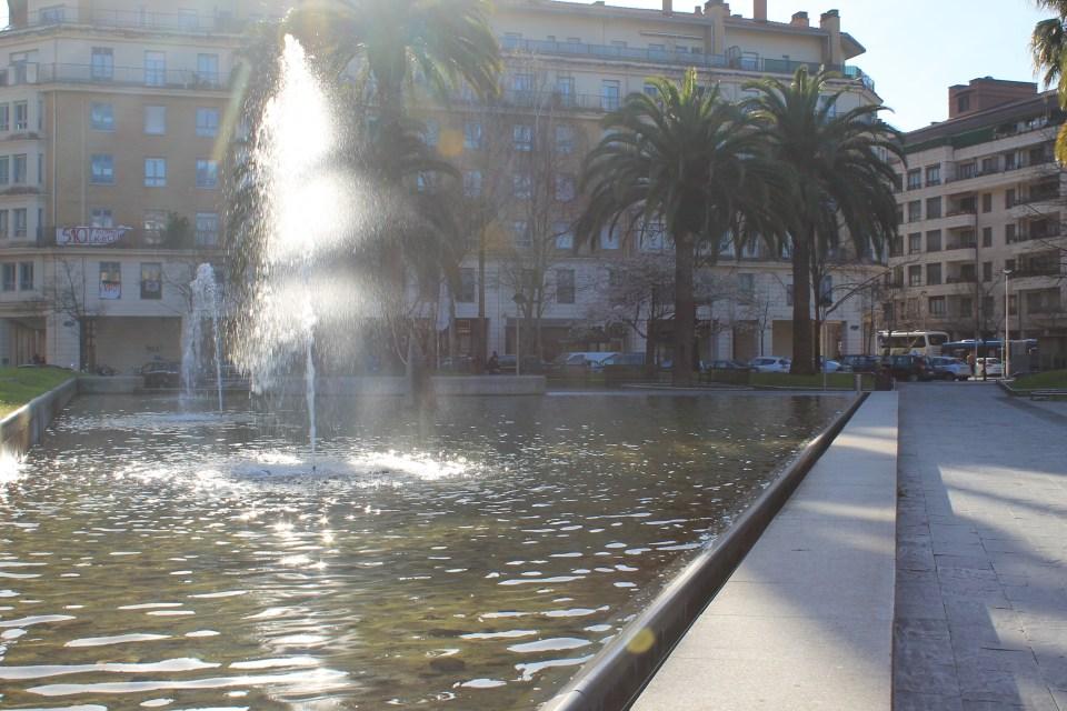Benta Berri Plaza