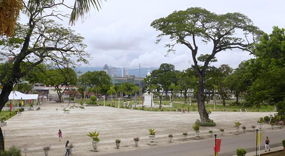 DIY Cebu city tour; Cebu City, Cebu, Philippines; D.I.Y. Cebu; Cebu travel; Cebu attractions; Backpacking Philippines; Cebu itinerary