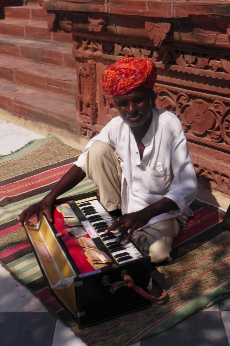 What to Do in Jodhpur, India; Backpacking India; Backpacking Rajasthan and Agra; D.I.Y. Rajasthan; D.I.Y. Jodhpur; Jaswant Thada