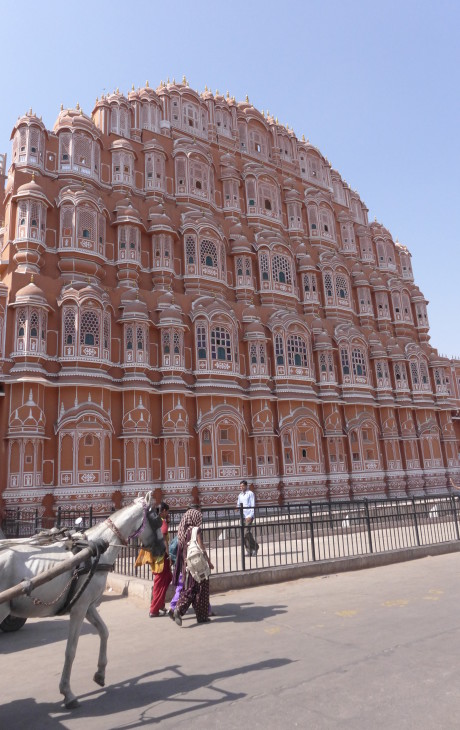 Pink City, Jaipur, India; Backpacking India; Backpacking Rajasthan and Agra; D.I.Y. Rajasthan; D.I.Y. Jaipur; What to do in Jaipur; Hawa Mahal