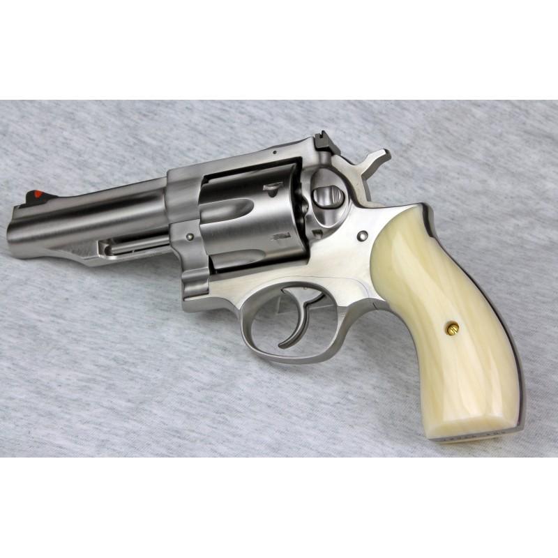 Ruger Redhawk Round Butt Kirinite Ivory Smooth Panel Grips