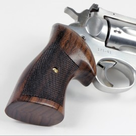 Ruger Sp101 Rosewood Checkered Classic Grips