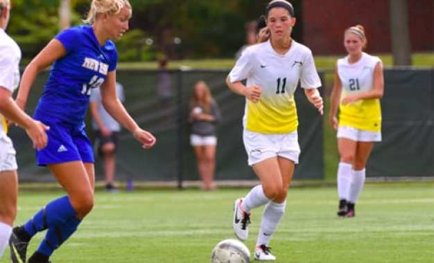 Cazenovia resident named MVP of Le Moyne soccer team