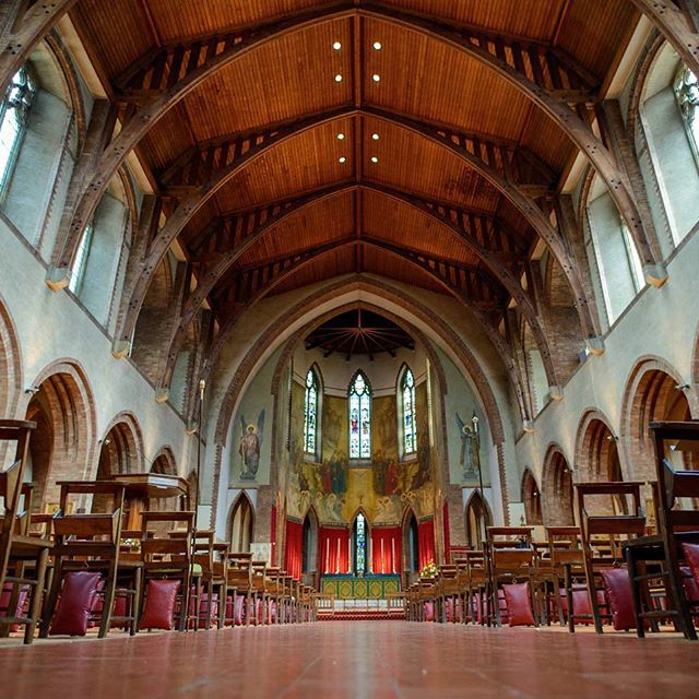 Instagram Post - The beautiful St Barnabas Church | #love #stbarnabaschurch #barnabitea #ealing #weddings #weddingvideo #weddingphotography #cranberryweddingstudio