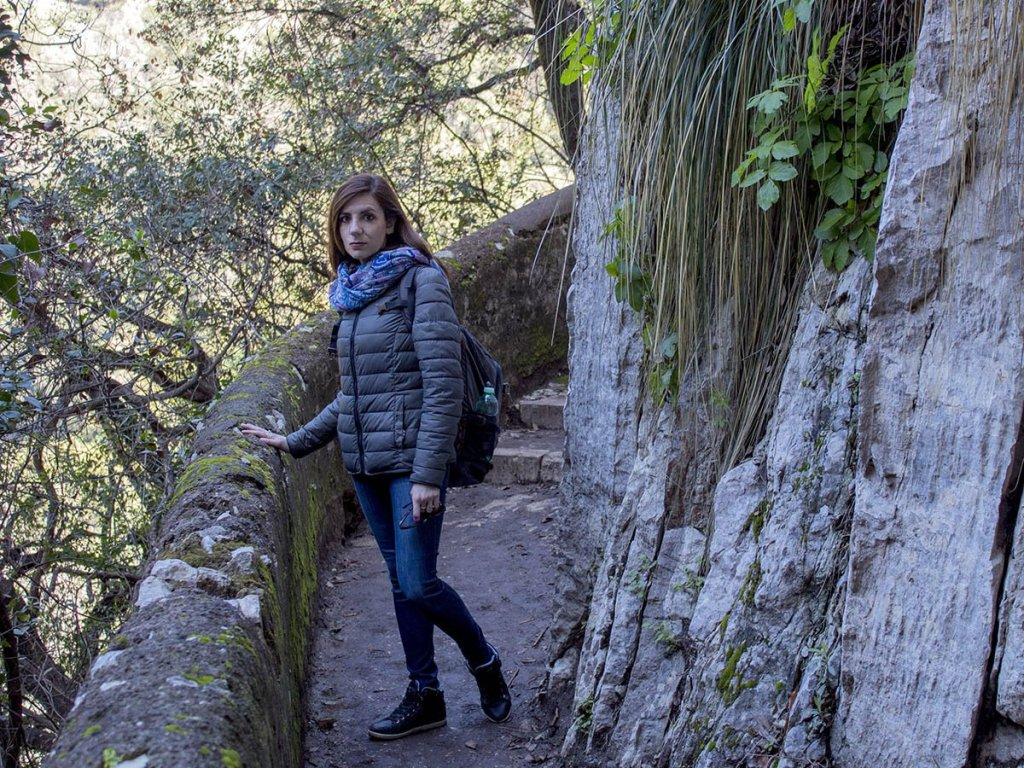 Sentiero parco villa gregoriana-Tivoli-Lazio-Europa-Italia