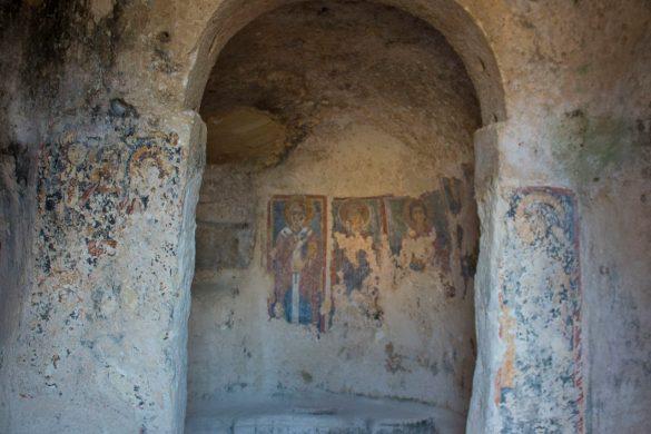 affreschi-chiesa rupestre-sasso barisano-Matera-Basilicata-sassi Matera-Italia