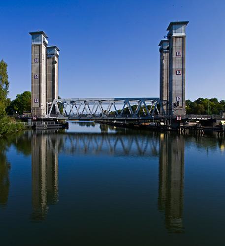 Järnvägsbro