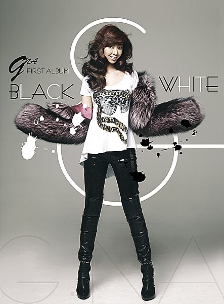 G.NA Black and White