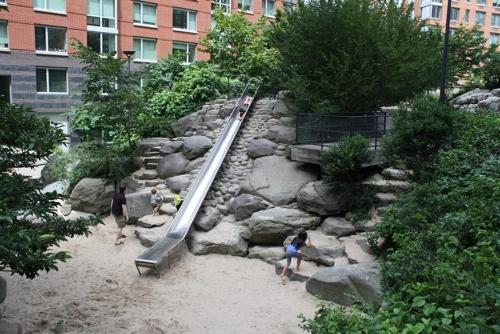 50-best-playgrounds-teardrop-park
