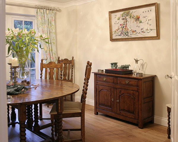 Small Antique Style Oak 2 Drawer Sideboard In Dining Room