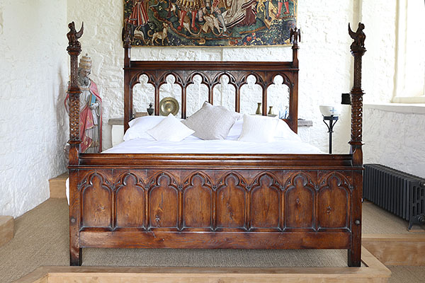 Gothic Style Handmade Bespoke Carved Oak Bed In C14th Home