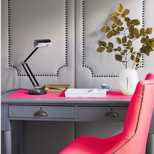 Hits Of Neon Pink In The Chair And Desk Lining Are Just Enough And, Paired  With Grey, Are Super Cool.