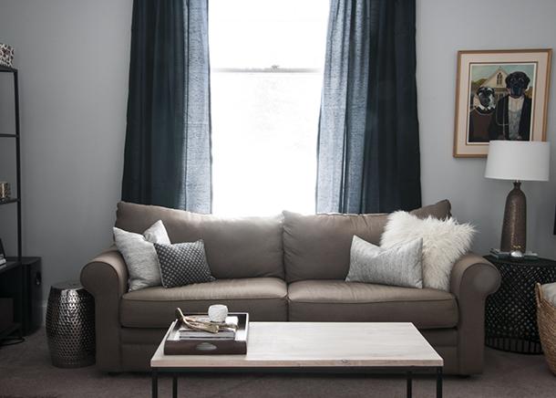 navy details living room