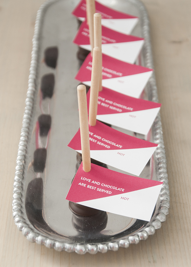 hot chocolate favors spoons