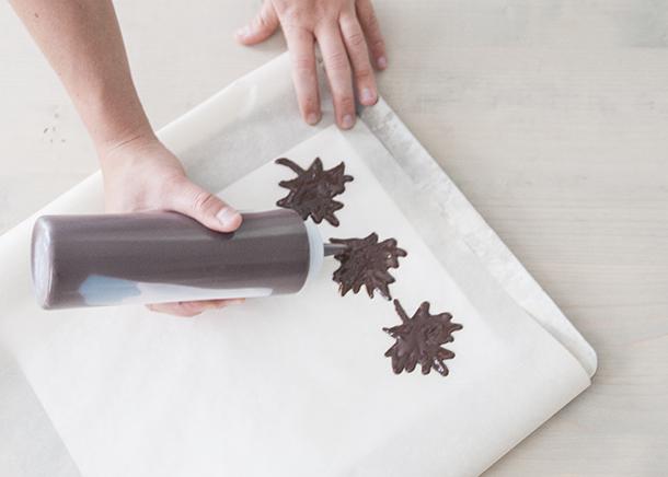 chocolate maple leaves