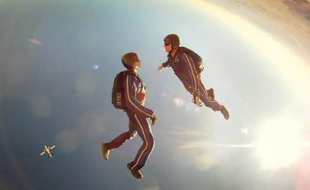 free-fall-89349_640