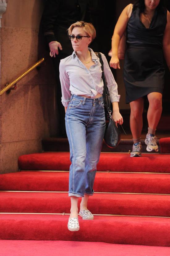 10 Hottest Scarlett Johansson Pics of All Time Body Heat