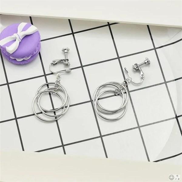 Kpop BTS V Circle Earrings