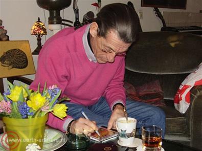 Ton van der Kleij signeert CD's