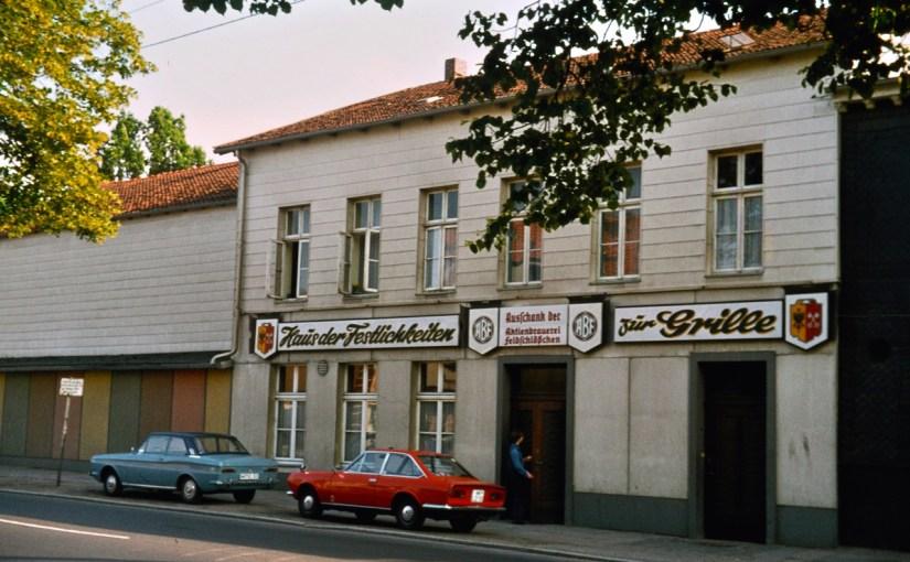 Café Grille, Minden