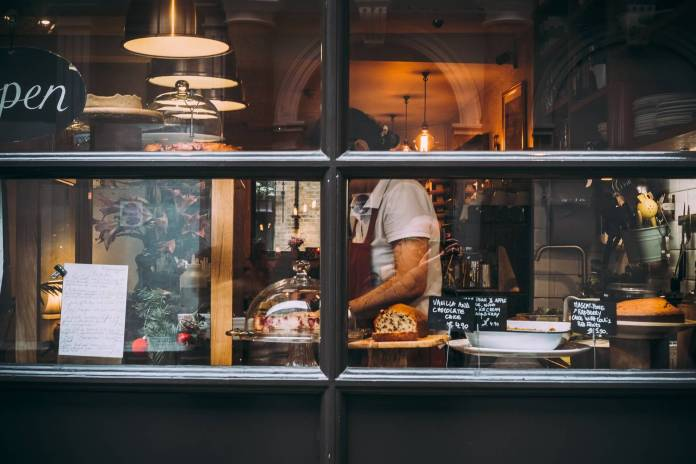 Sustainable Eating: 10 Tips to Eat Out More Sustainably