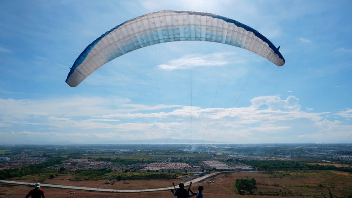 The Day I Went Tandem Paragliding