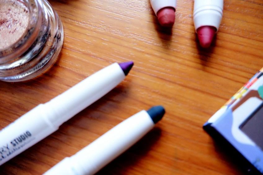 Kajal Eyeliner Amway Studio Bangkok Edition makeup line