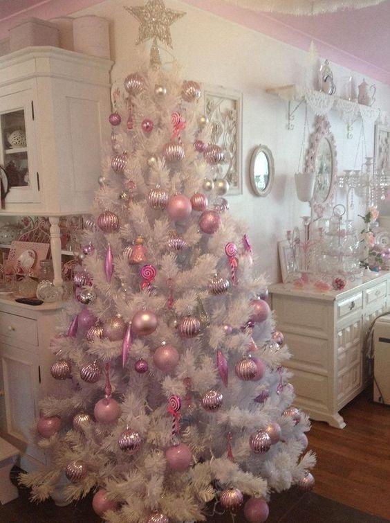 pink christmas decoration theme