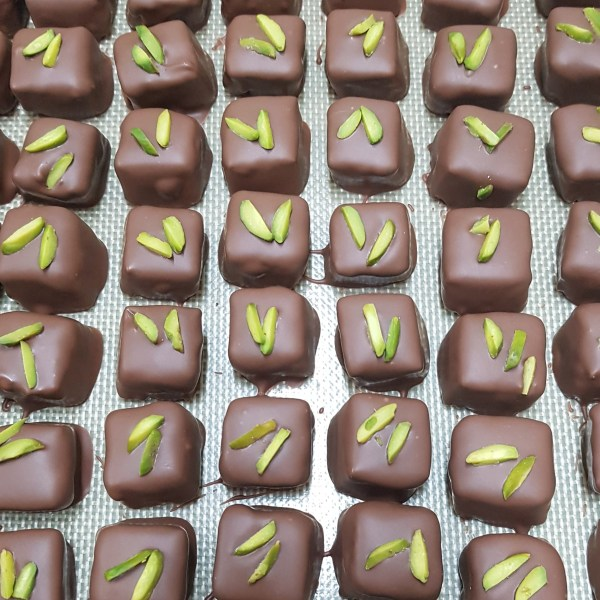 product image for pistachio and lemon