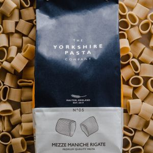 British Premium Dried Pasta Mezze Maniche Rigate