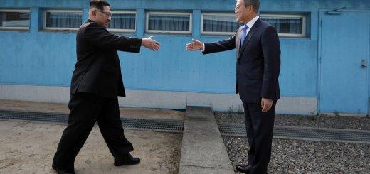 North Korea's Kim and South Korean Leader in Historic Meeting