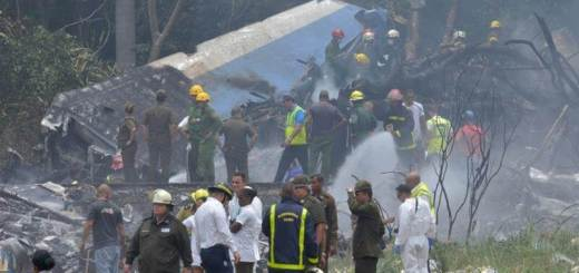 More than 100 Die as Passenger Plane Crashes in Cuba