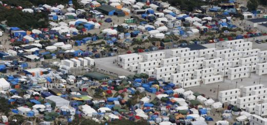 French Security Forces Clear Out Biggest Migrant Camp Habouring About1,700 People
