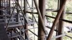 【京都】改修中の清水寺と木製の足場。