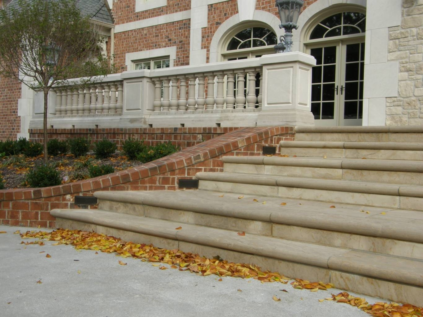 Coping Stair Treads Earthworks Natural Stone | Outdoor Stone Stair Treads | Deck | Curved | Backyard | Unique | Stone Veneer