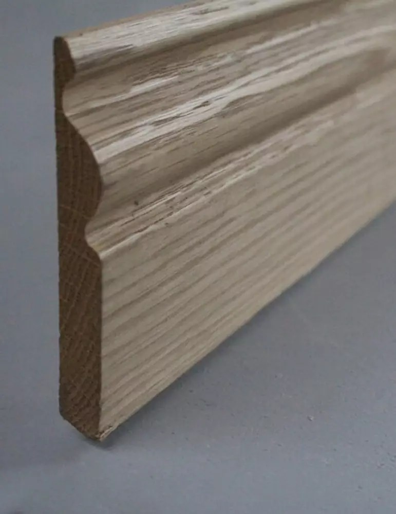 Plinthe moulurée en chêne massif - 15 x 120 mm