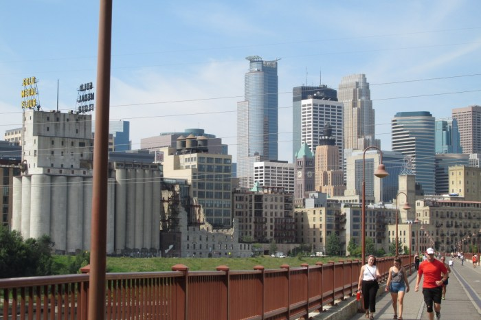 Minneapolis, MN - Skyline