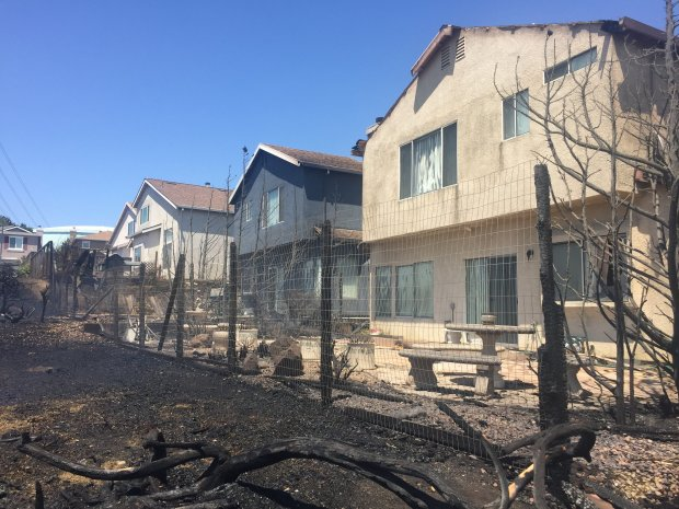 Homes damaged by Vallejo fire on Thursday, June 22, 2017.-- *Nate Gartrell* Contra Costa County courts reporter | Editorial ngartrell@bayareanewsgroup.com 925-779-7174 Direct @NateGartrell bayareanewsgroup.com *Over 5 million engaged readers weekly*