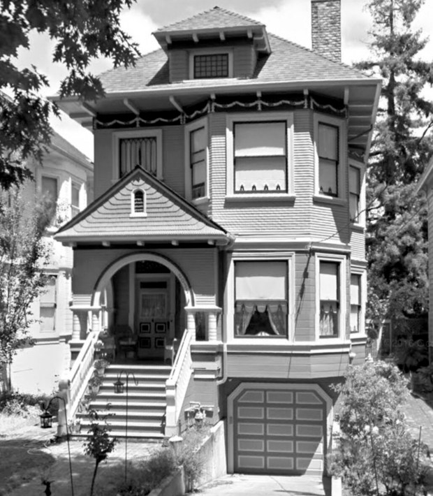 This 1895 Transitional Queen Anne Colonial home, built by Marcuse & Remmel, features restored woodwork and other features for visitors to enjoy. (Courtesy of the Alameda Museum and the Alameda Architectural Preservation Society)