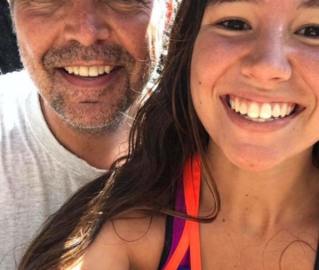 Mollie Tibbetts  Who Has Been Missing Since July  From Her Home In Brooklyn Iowa Takes A Selfie With Her Dad Rob Tibbetts While Vacationing In