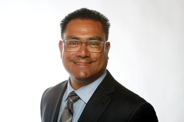 Hayard: Two candidates vying to become next mayor