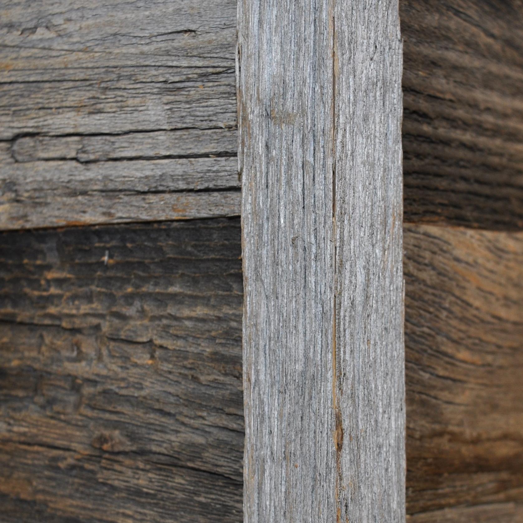 Diy Reclaimed Barn Wood Outside Corner Trim In Brown Or Grey To Cover Cut Edges Of A Corner East Coast Rustic